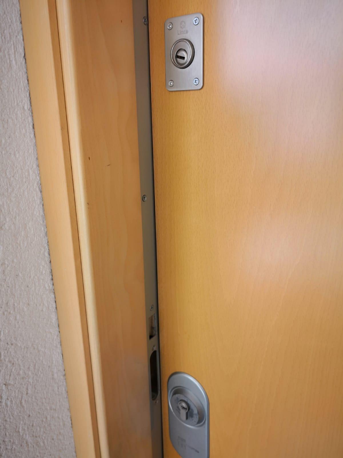 Qué Es Puertas Blindadas Elche Stock De Puertas Decoración
