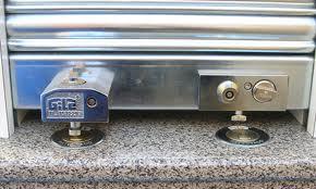 instalamos nuevos sistemas de seguridad en tu persiana metálica en Aspe